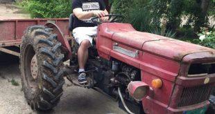 djuradj-caranovic-na-traktoru-730x973