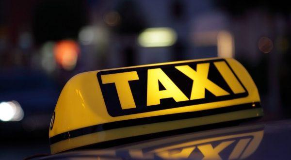 pljustali-prekrsajni-nalozi-komunalna-policija-kontrolisala-taksiste