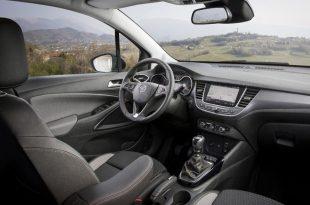 Opel-Crossland-X-100000-2