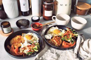 cooked-food-on-black-ceramic-plates-3851047