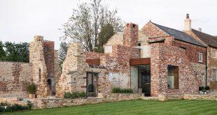 Moderan porodični dom na ruinama iz 17 veka 665