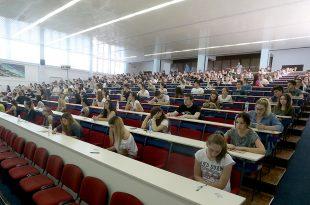 studenti-02-foto-S-PASALIC